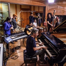 Chick Corea & The Spanish Heart Band.