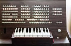 photo:One of the programmers built as a test, consisting of a combination of lights and buttons.